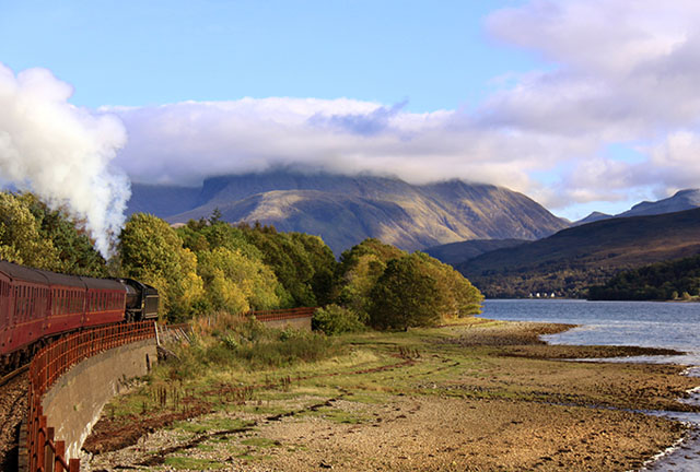 Heading Towards Ben Nevis on the Highland Experience Itinerary