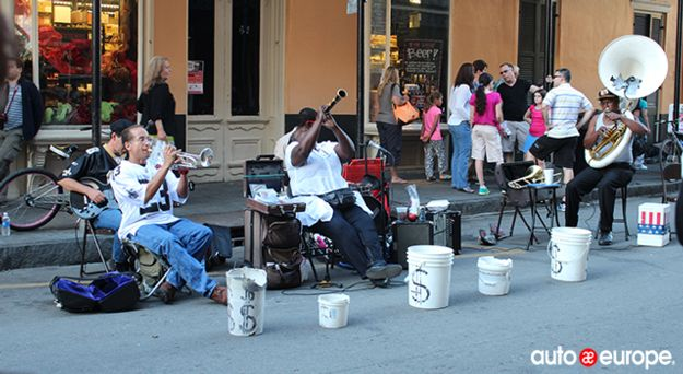 New Orleans Street Performers - Deep South