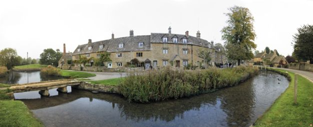 driving-in-the-cotswolds-lower-slaughter